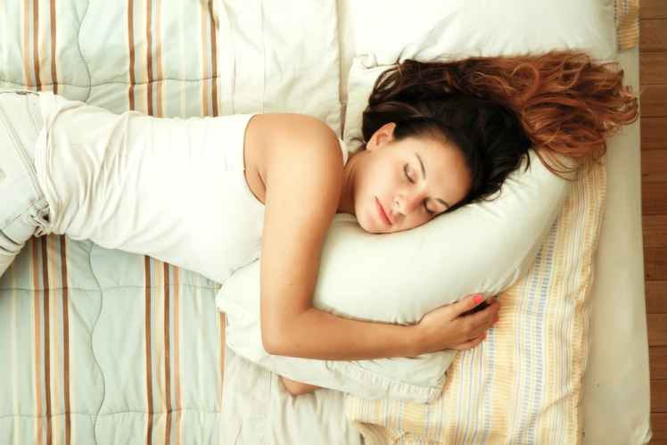 Sleepig on your left side helps you fight acid reflux
