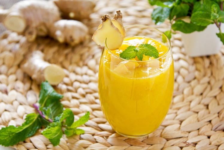 Ginger-Mango Smoothie