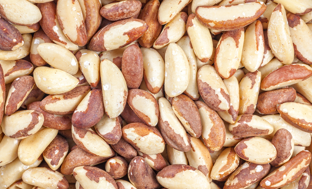 brazil nuts can help to reduce your cancer risk