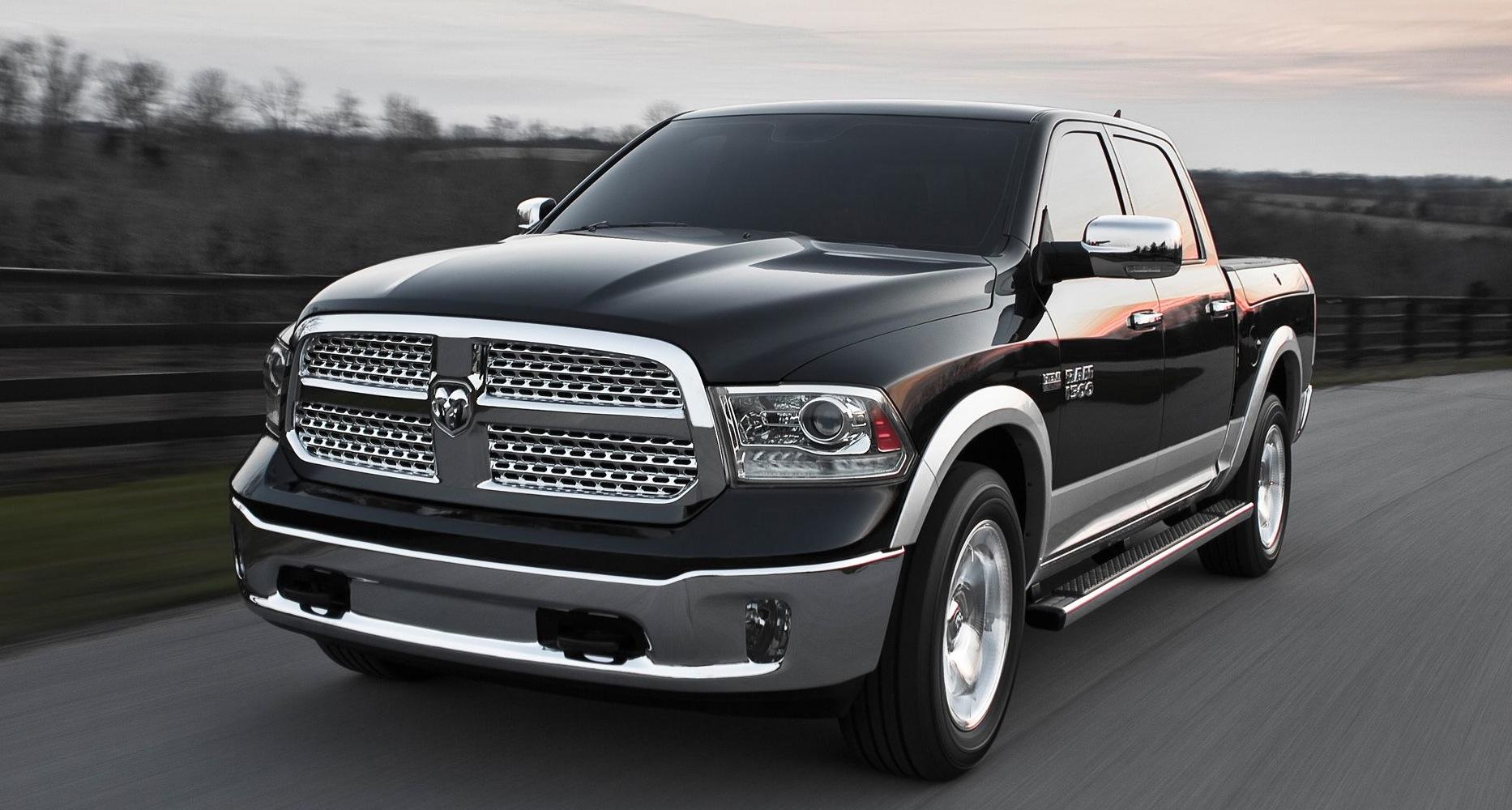 Dodge Laramie - 1500