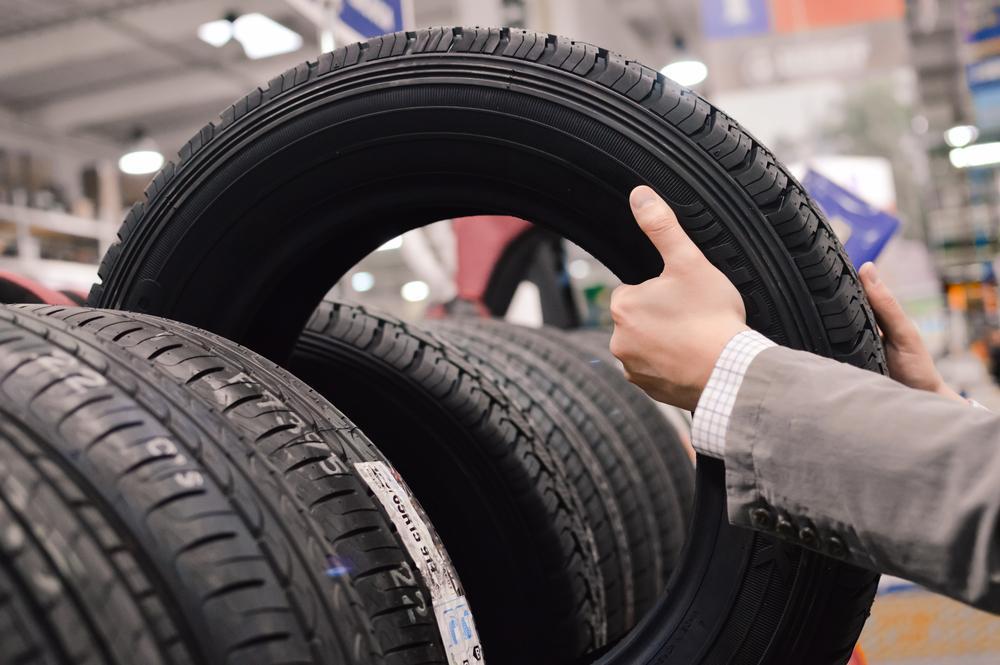Shop a Nissan Tire Sales Event