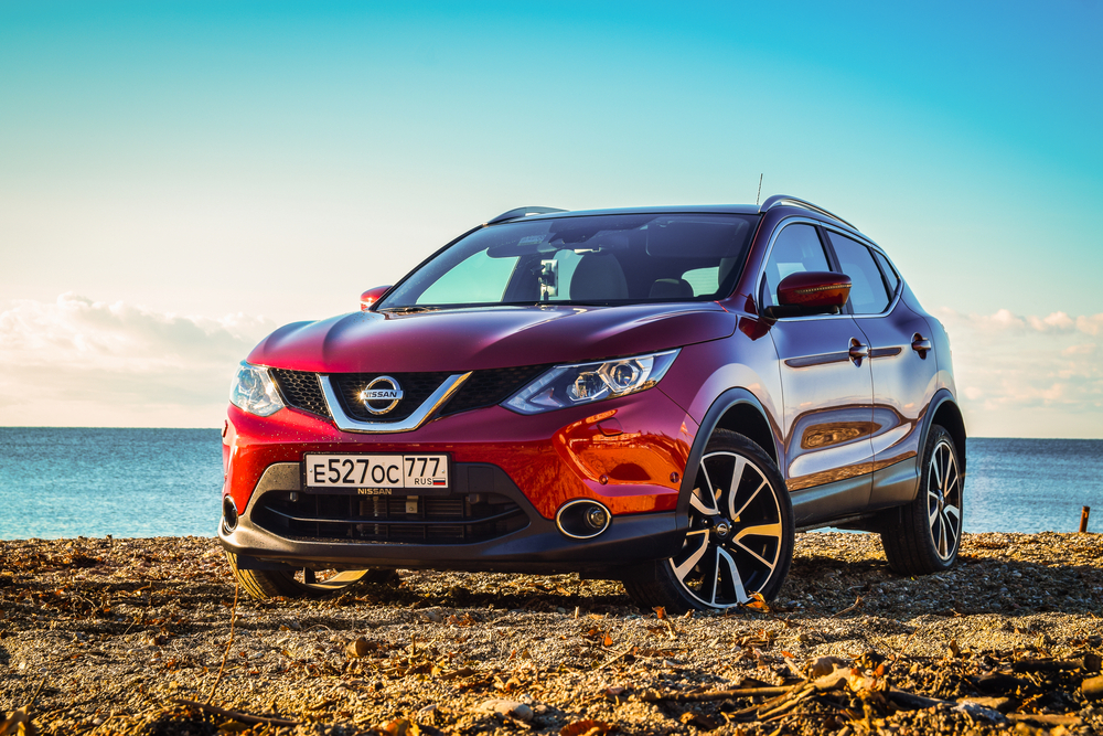 Should you buy or lease a Nissan crossover or SUV