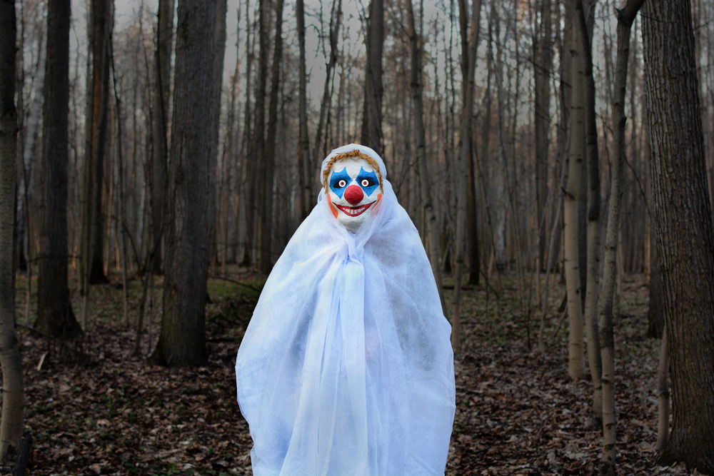 creepy clown forest2