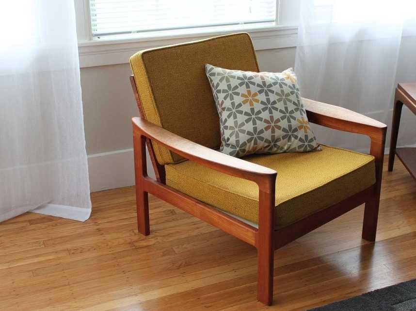 Mismatched Furniture