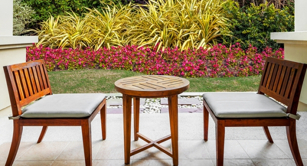 DIY Cleaning for Outdoor Furniture