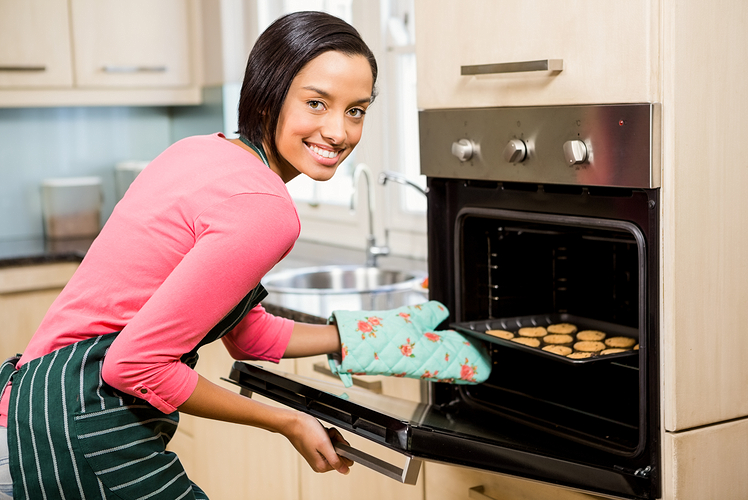 make your home smell like baking