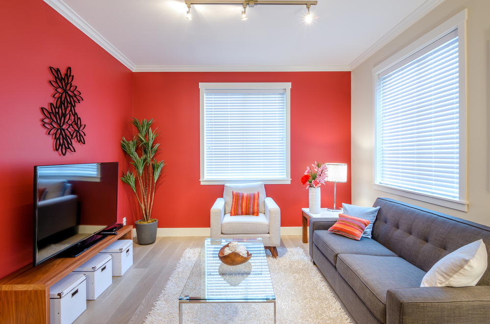 home feeling finished - End the Sterile Feeling with Colorful Walls