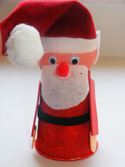 Cup Ball Santa
