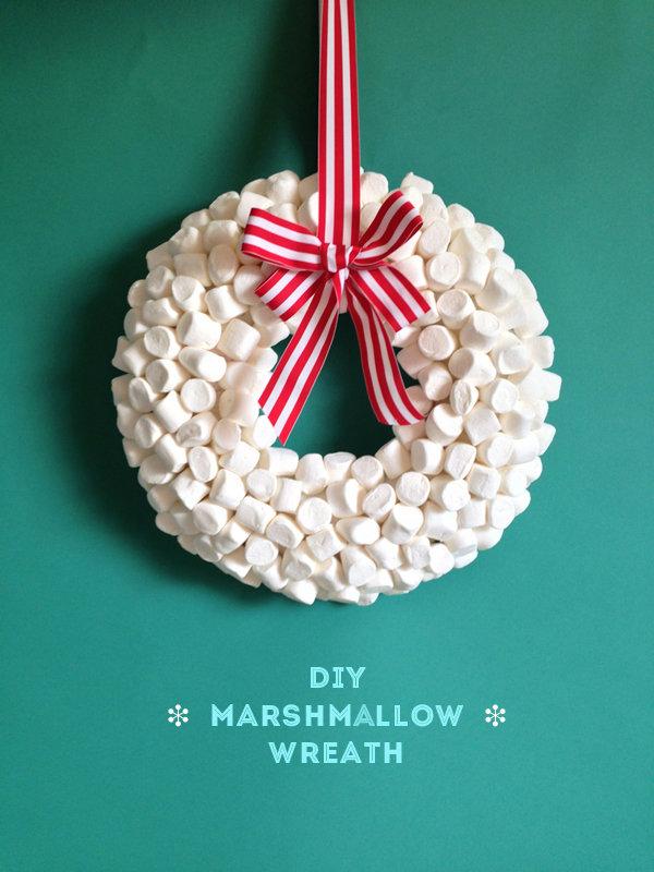 Make a sweet marshmallow wreath