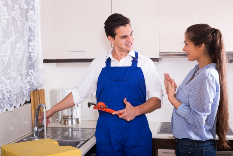 When do you need to hire a plumbing service?