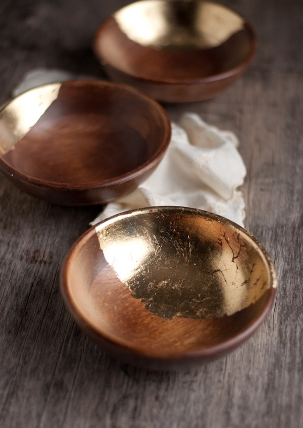 Wooden-Bowls-with-Gold-Leaf-1
