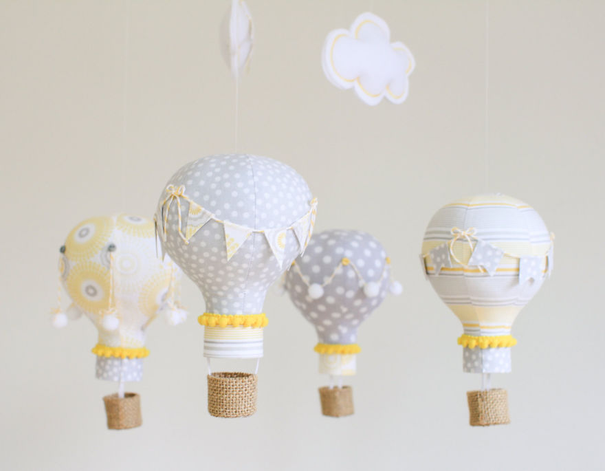 bulb hot air balloons