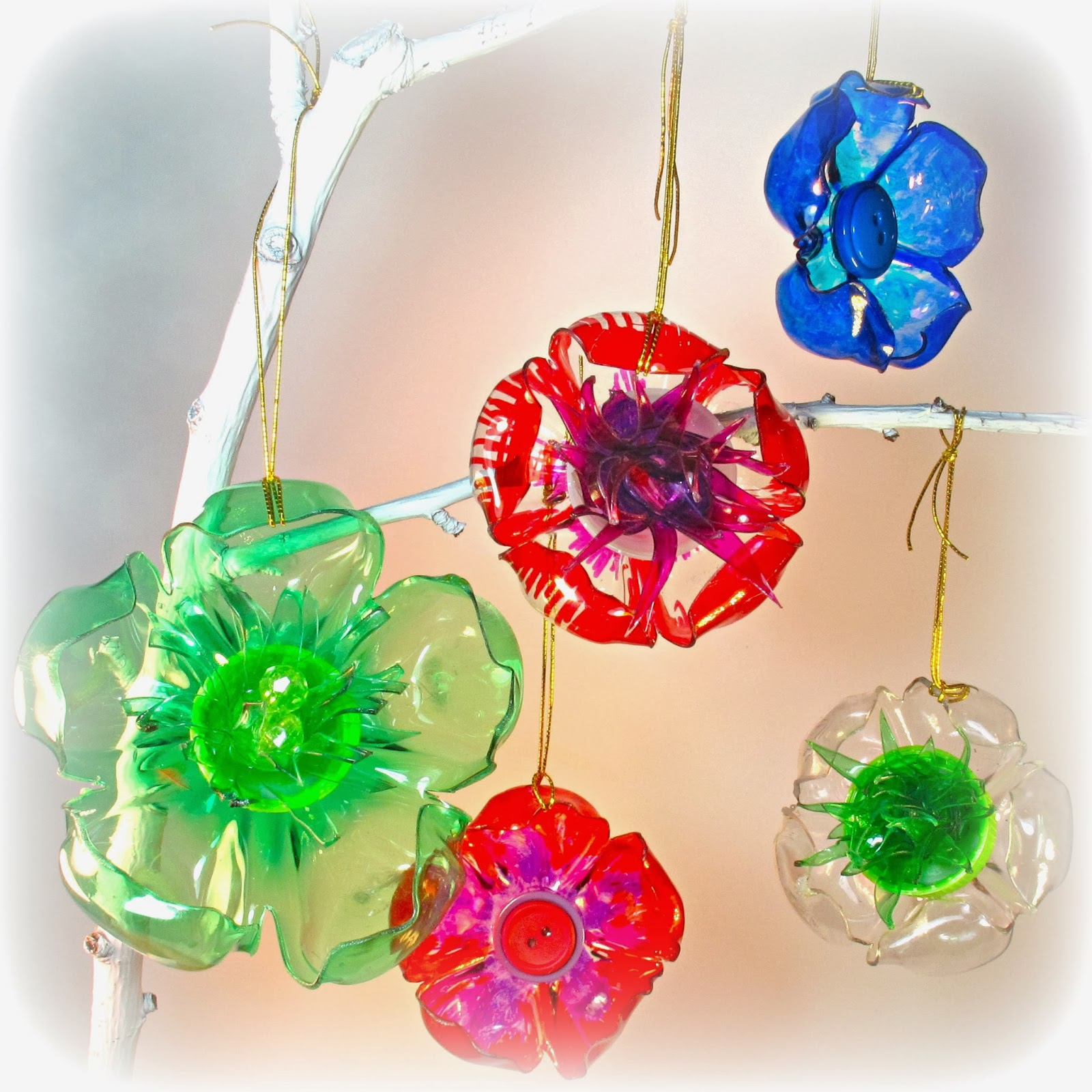 A second life plastic bottles reinvented diy reliable remodeler plastic bottle christmas decorations reviewsmspy