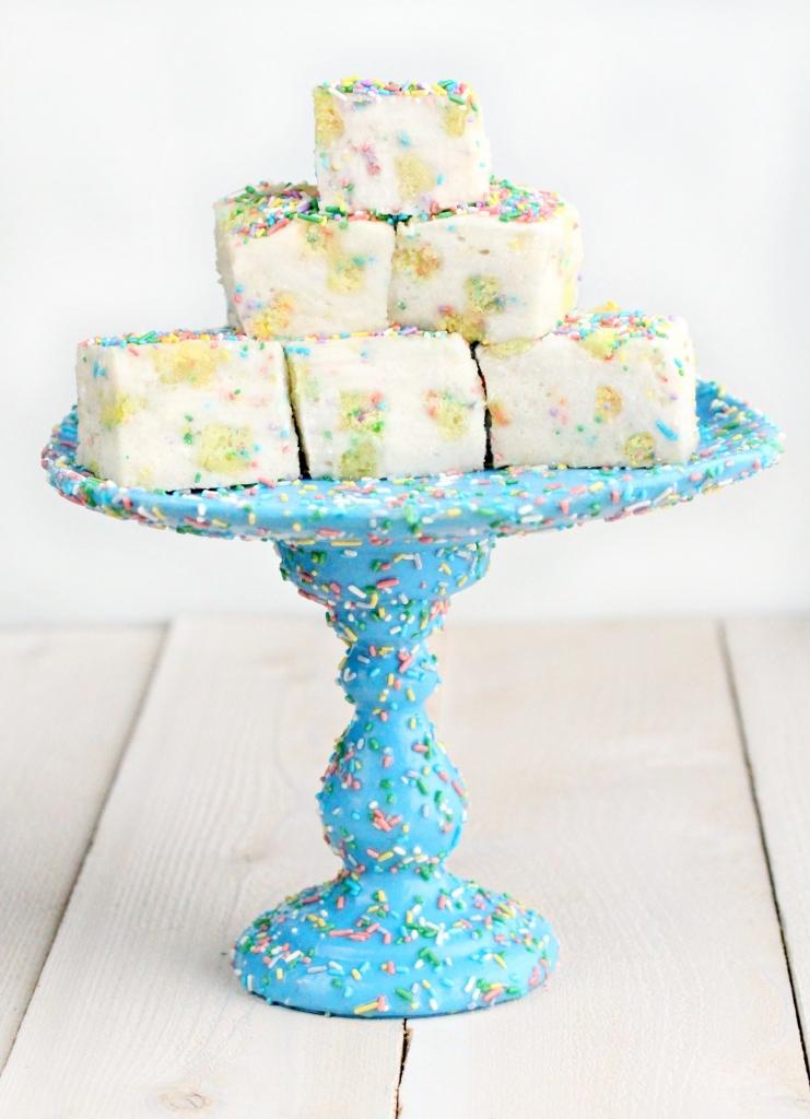 sprinkles cake stand