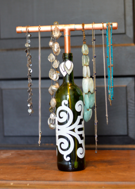 wine jewelry display