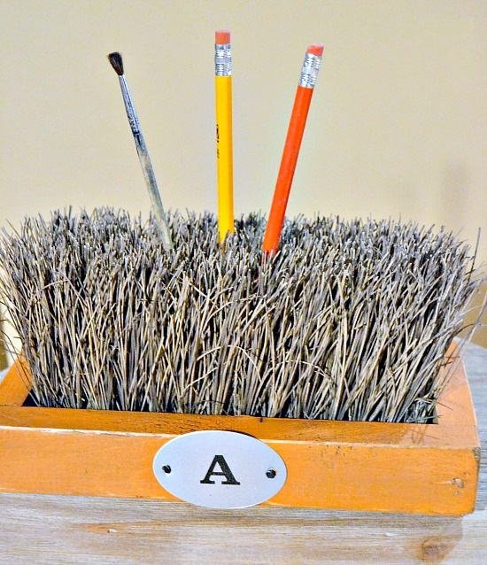 Broom Bristles to Desktop Organizer
