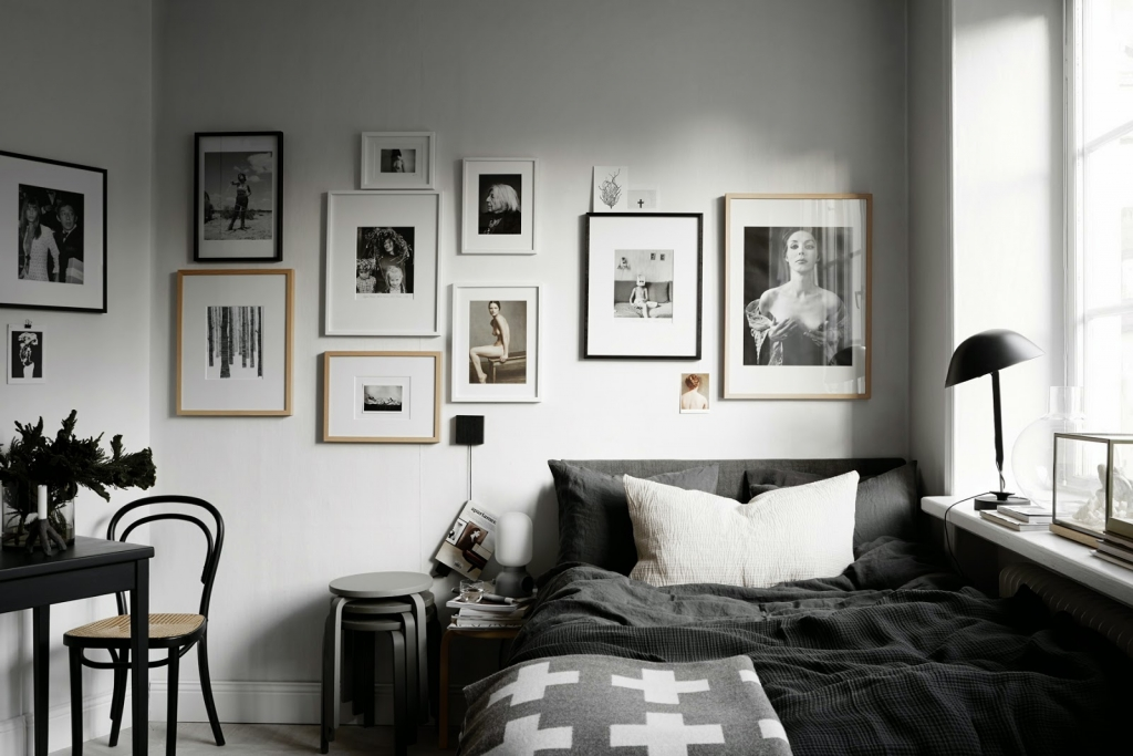 black scandinavian decor
