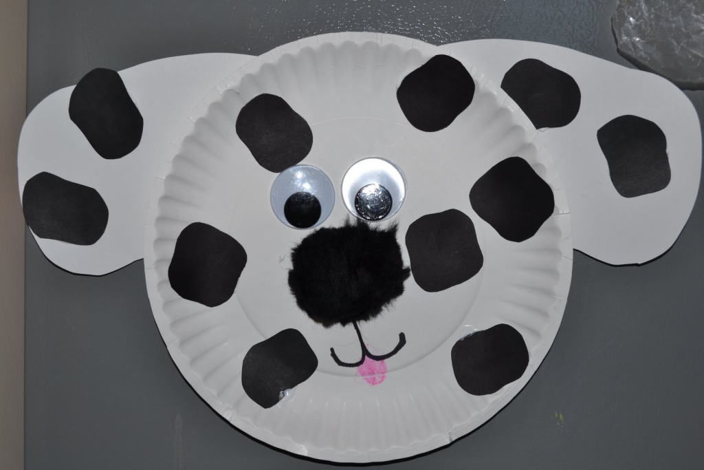 paper plate dalmation