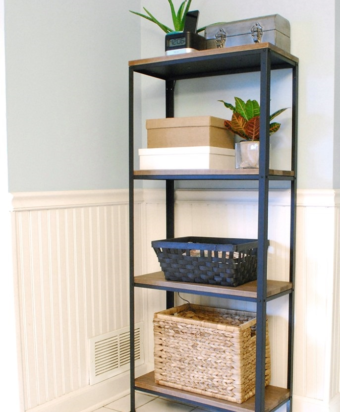 22. Hyllis Shelf Unit