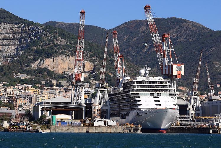 Regent Seven Seas, Seven Seas Explorer