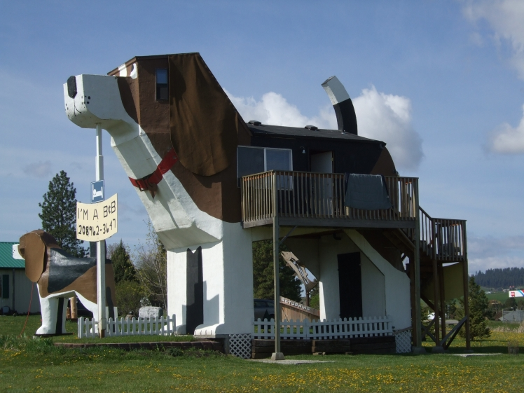 The Dog Bark Park Inn, Cottonwood, Idaho, USA