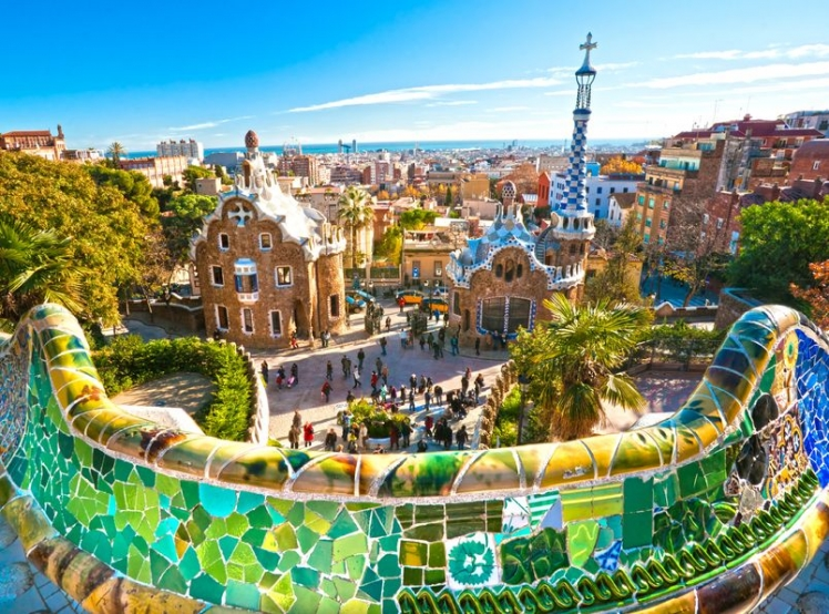 Best places to travel solo - Barcelona, Spain