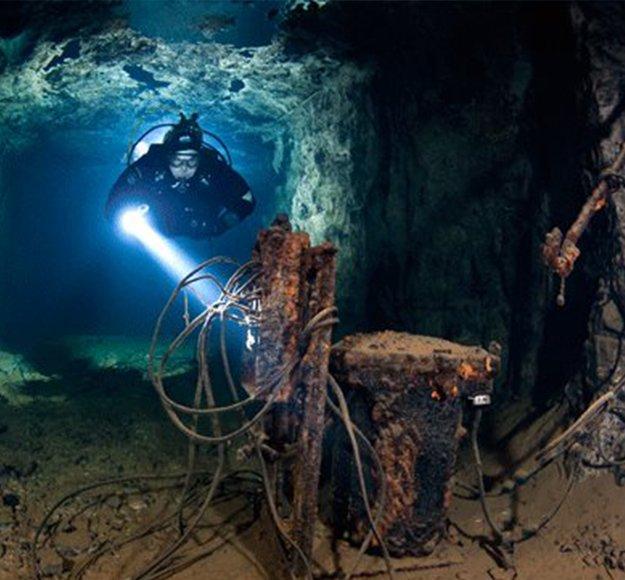 Bonne Terre Mine diving