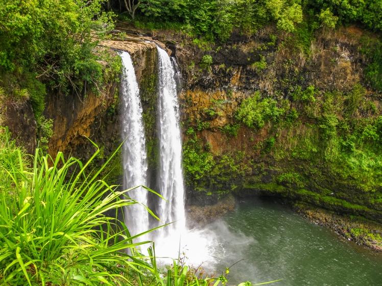 Manawaiopuna Falls helicopter adventure
