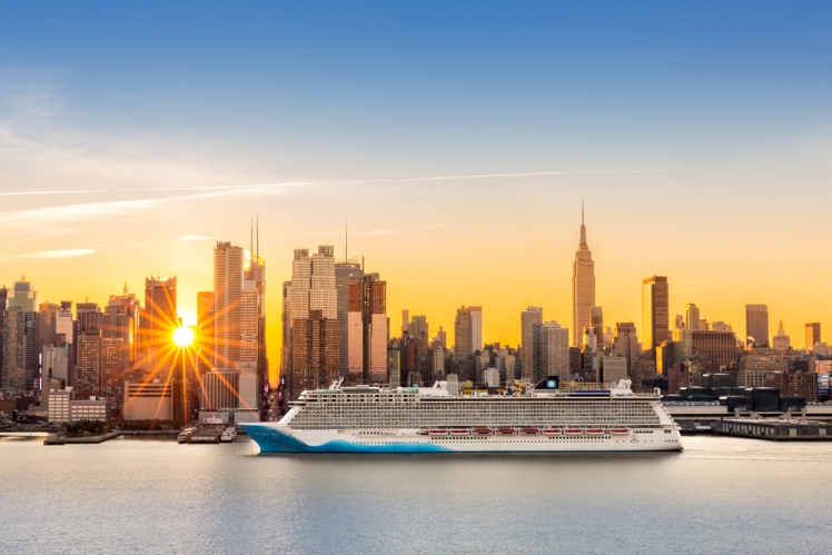Go on a Cunard Transatlantic Cruises
