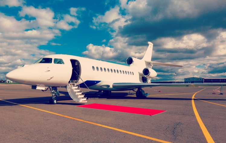 How to Fly on A Private Jet For Less