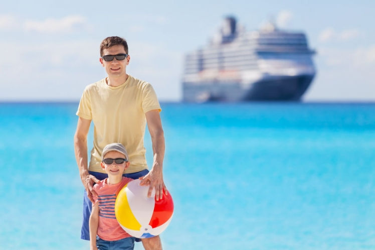 What Theme Should Your Cruise to Bahamas Feature For Families?