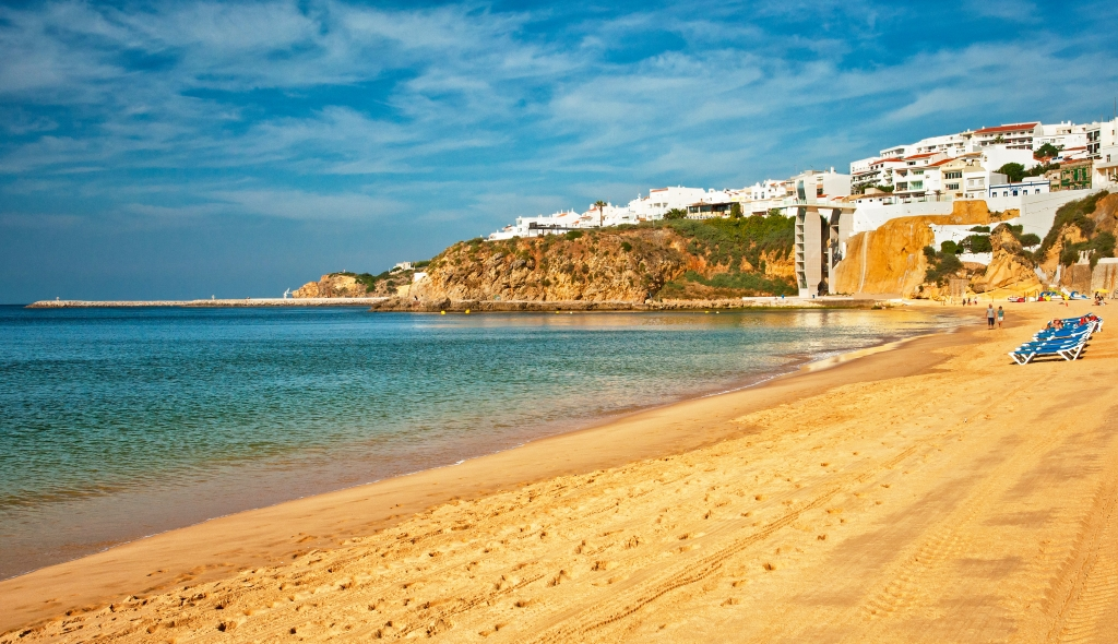 Amble Through a Less-Chaotic Albufeira in Portugal