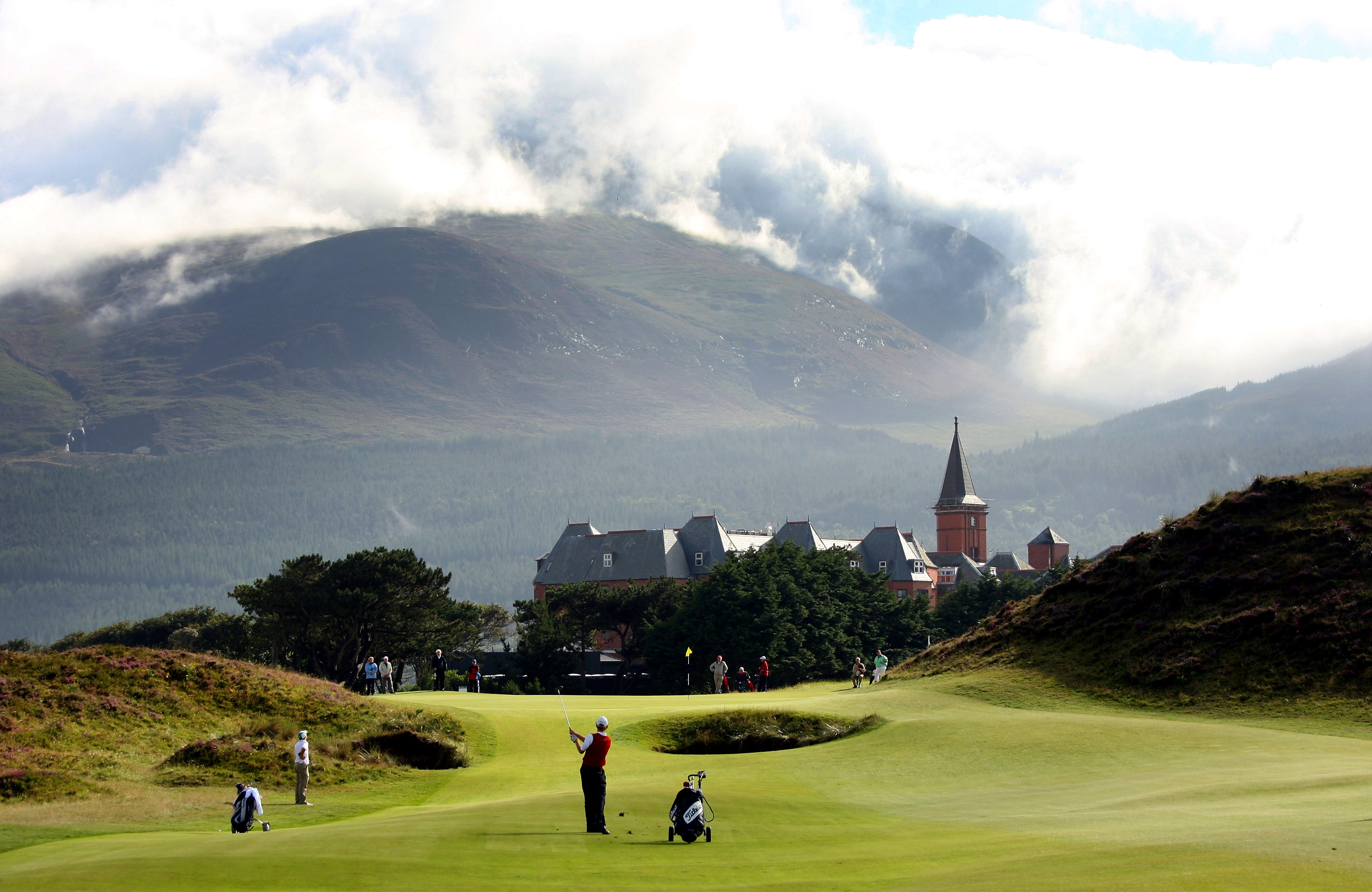 Royal-County-Down-Newcastle-Northern-Ireland-Packages