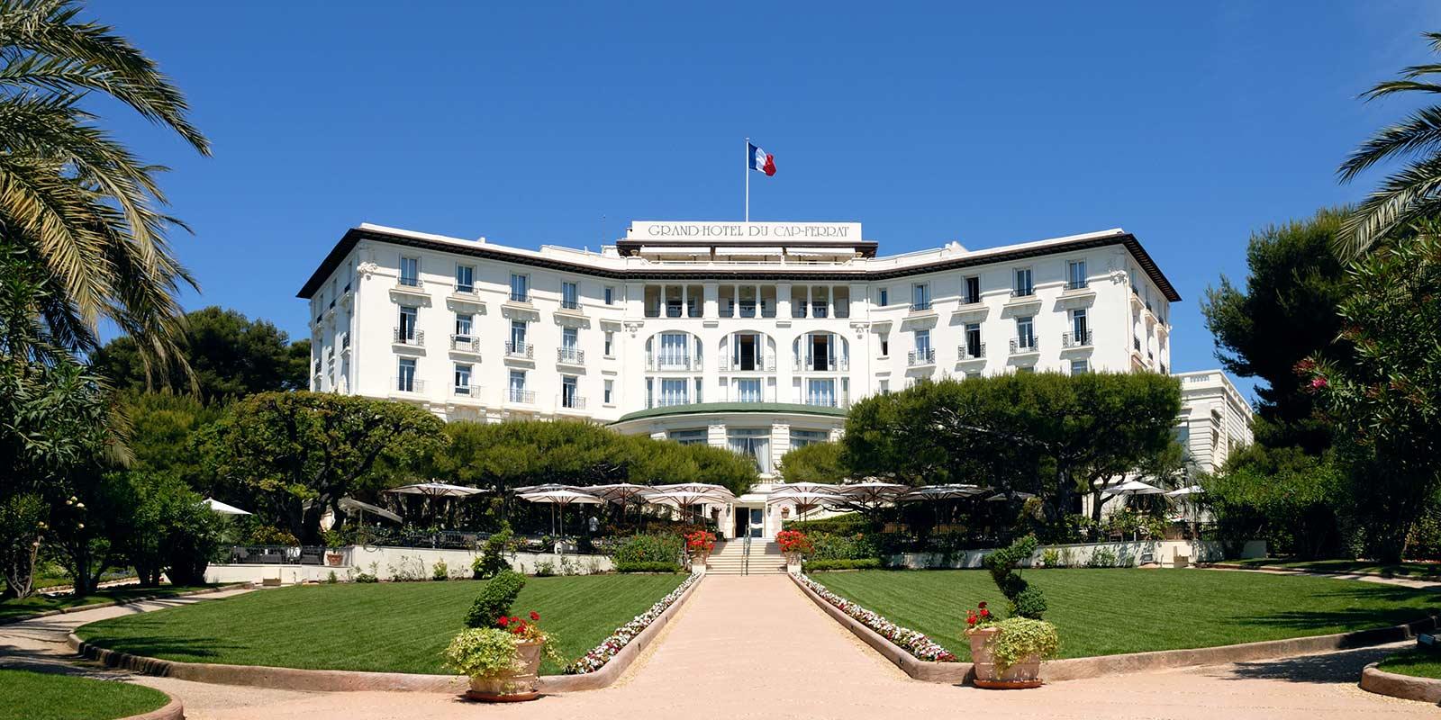 Hotel du Cap-Eden-Roc, Cap d'Antibes, France 2
