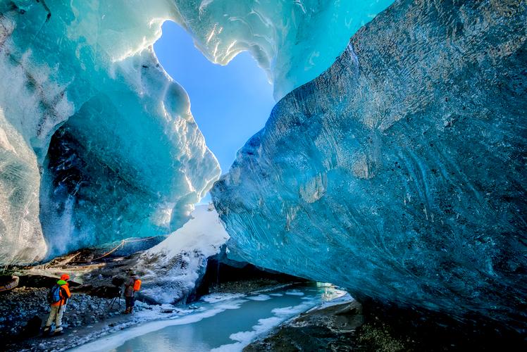 Vatnajokull Glacier Cave