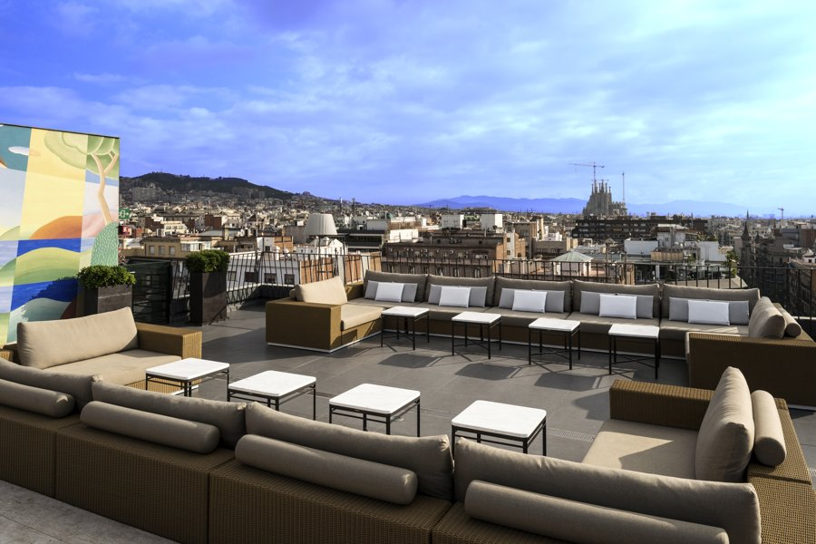 10. Bar Terraza La Dolce Vitae, Majestic Hotel & Spa || Barcelona, Spain