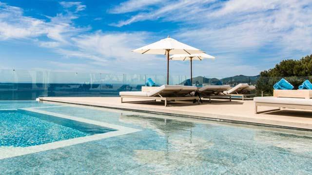 23. Radio ME Ibiza Rooftop Bar, ME Hotel || Ibiza
