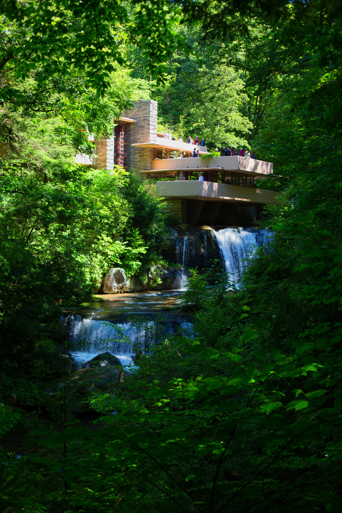 25. Fallingwater House, Pennsylvania, US