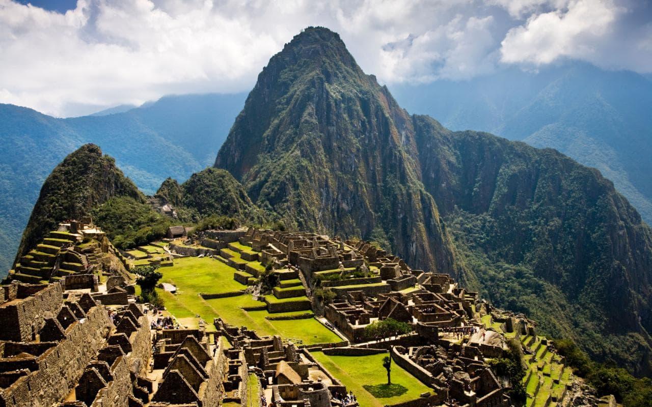 5. MACCHU PICHU, PERU