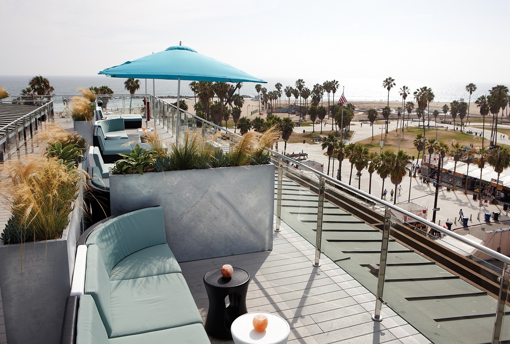 6. High Rooftop Lounge, Erwin Hotel || LA, USA