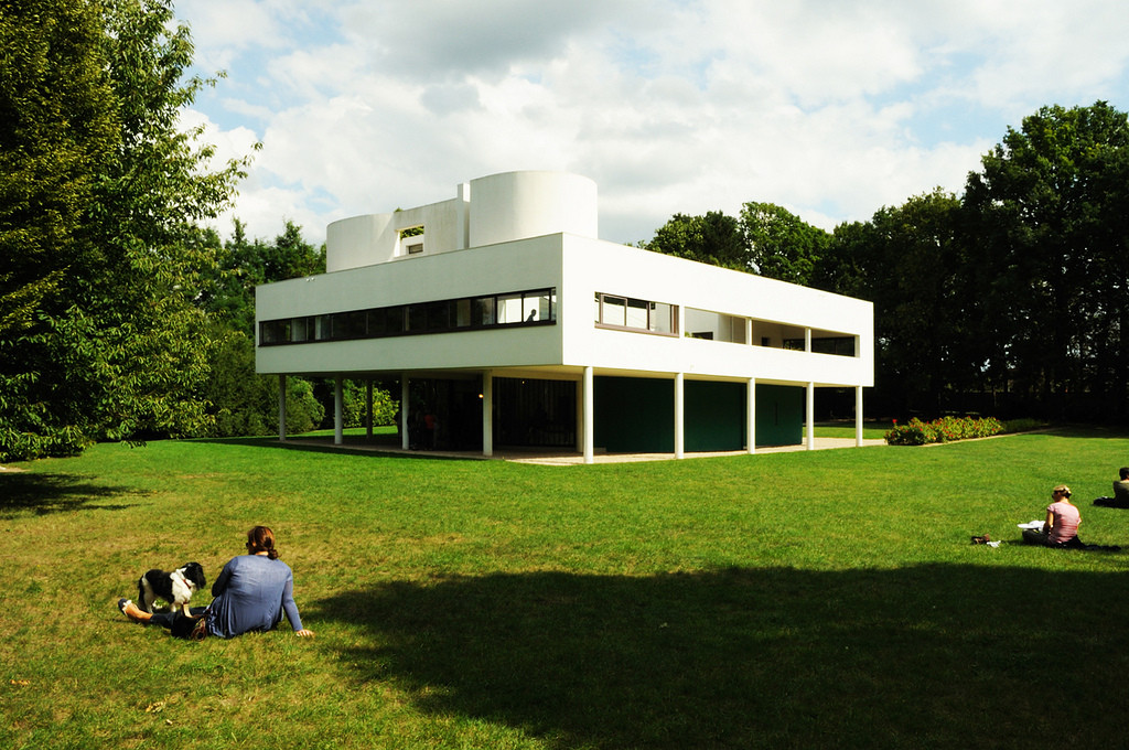 19. Villa Savoye, Poissy, France