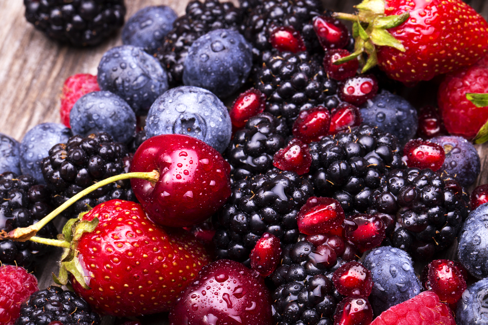 Cherries and Berries can help to reduce your cancer risk