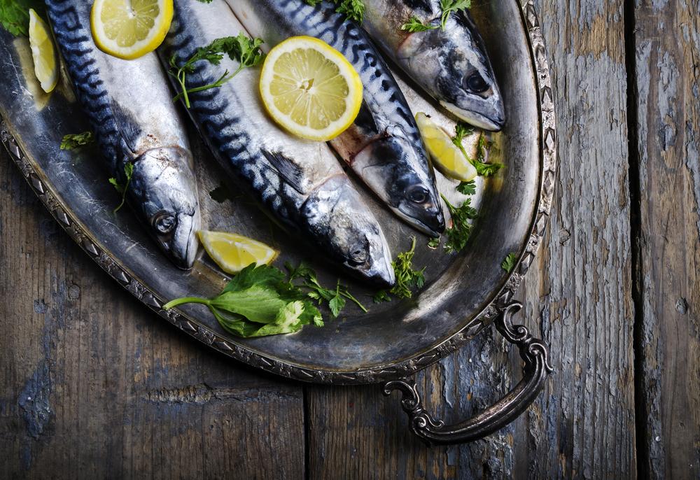 Eat fish weekly to fight melanoma