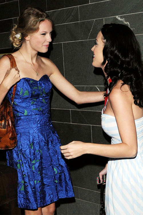 Taylor Swift & Katy Perry
