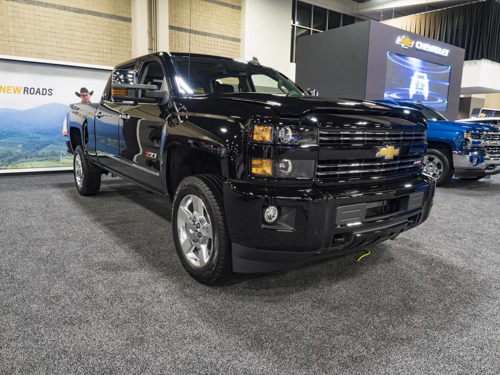 Comparing 2017 Chevrolet Trucks
