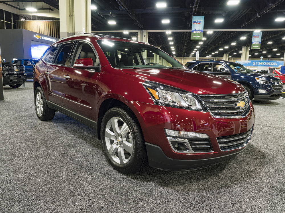 Discover the differences between Chevy Traverse models