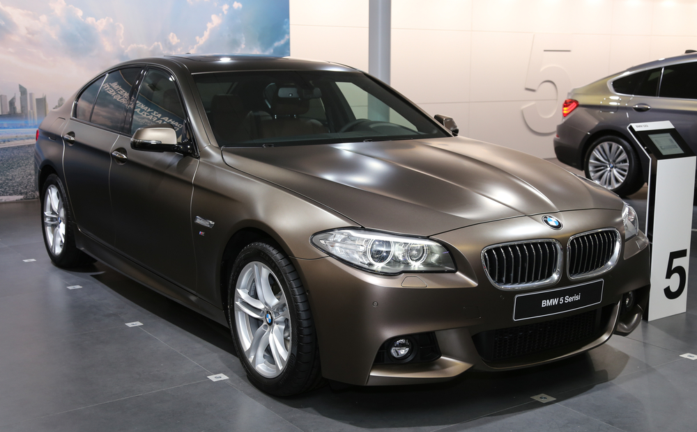 Why You Should Consider Leasing a Luxury Car