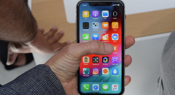 The Apple iPhone XS and XR – Feature Review
