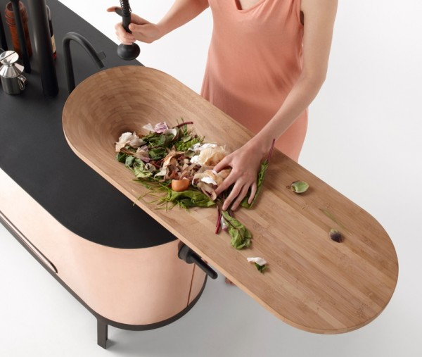3-Sink-with-integrated-chopping-board-600x507