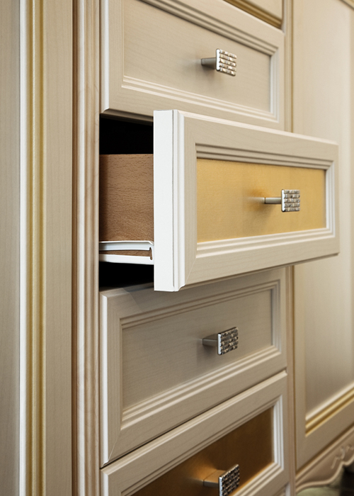 Switch Your Cabinet Hardware